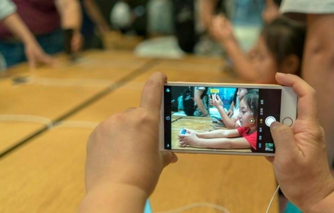 Sau lỗi hao pin, người dùng lại khốn khổ vì iOS 11.4 làm hỏng camera ảnh 1