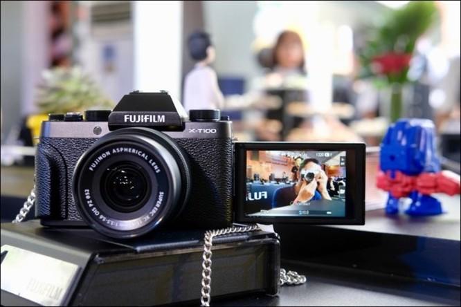 Fujifilm giới thiệu máy ảnh không gương lật XT-100 tại Việt Nam, giá 14,49 triệu đồng ảnh 1