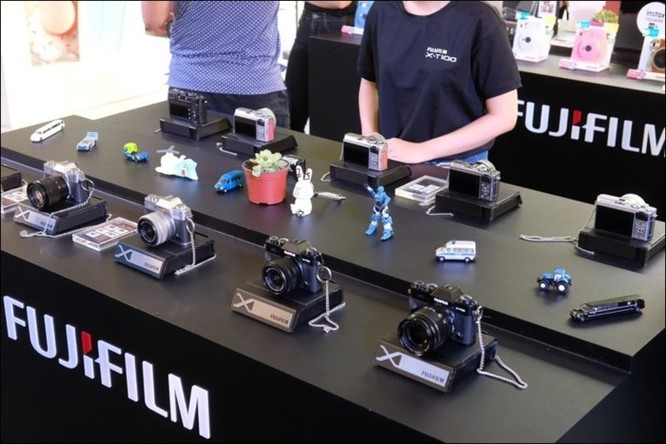 Fujifilm giới thiệu máy ảnh không gương lật XT-100 tại Việt Nam, giá 14,49 triệu đồng ảnh 7