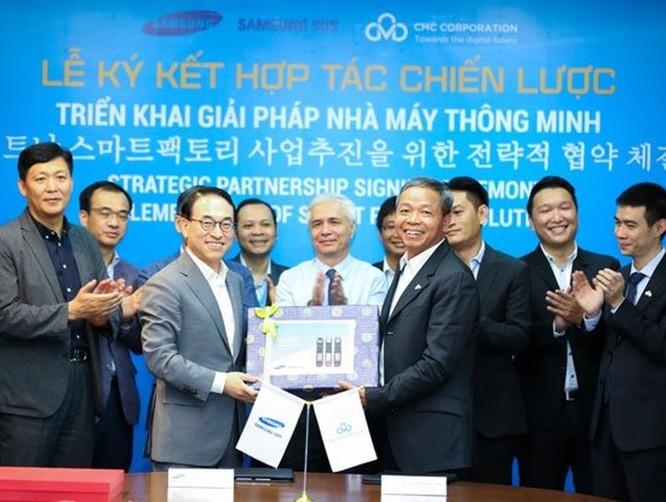 CMC phối hợp với Samsung triển khai nhà máy thông minh ảnh 1