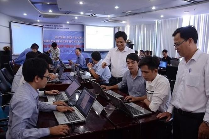 Nâng cao nhận thức cho cán bộ kỹ thuật, cộng đồng về an toàn thông tin mạng ảnh 2