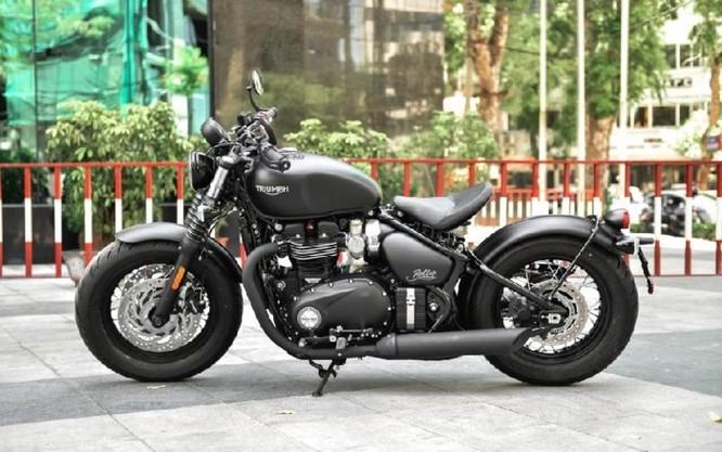 Ngắm Triumph Bobber black 2018 bản đen mờ tại Hà Nội ảnh 10