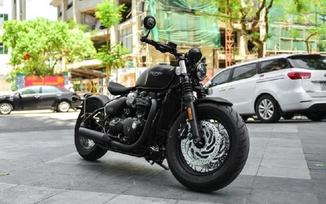 Ngắm Triumph Bobber black 2018 bản đen mờ tại Hà Nội ảnh 3