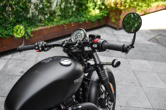 Ngắm Triumph Bobber black 2018 bản đen mờ tại Hà Nội ảnh 6