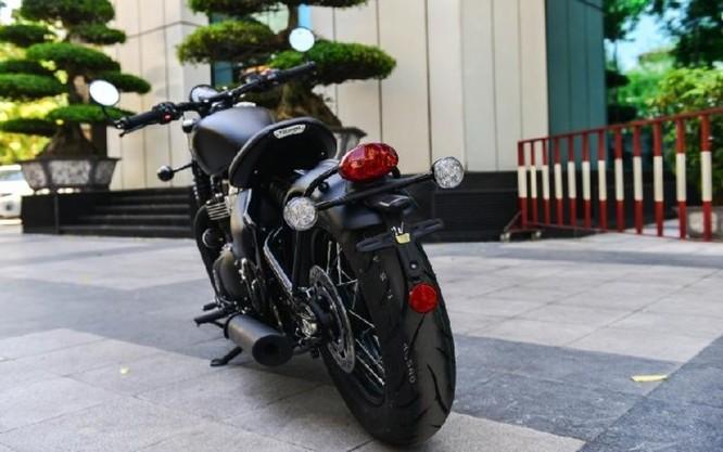 Ngắm Triumph Bobber black 2018 bản đen mờ tại Hà Nội ảnh 8