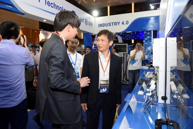 Ấn tượng VNPT tại Diễn đàn và Triển lãm Industry Summit 2018 ảnh 11
