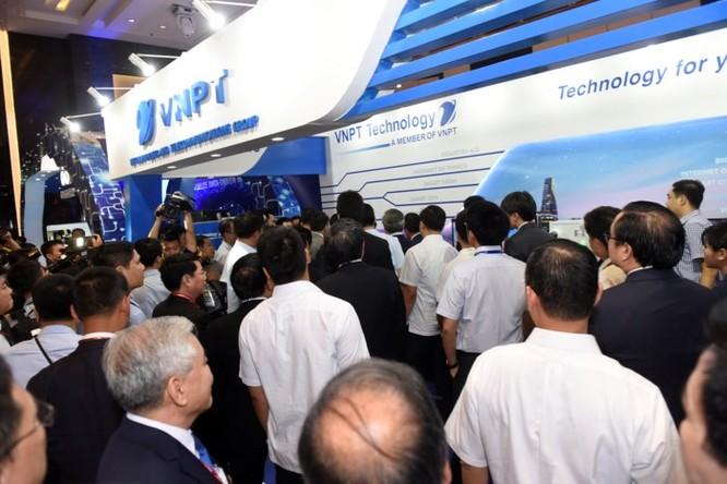 Ấn tượng VNPT tại Diễn đàn và Triển lãm Industry Summit 2018 ảnh 12