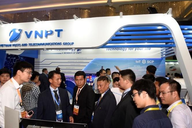 Ấn tượng VNPT tại Diễn đàn và Triển lãm Industry Summit 2018 ảnh 13