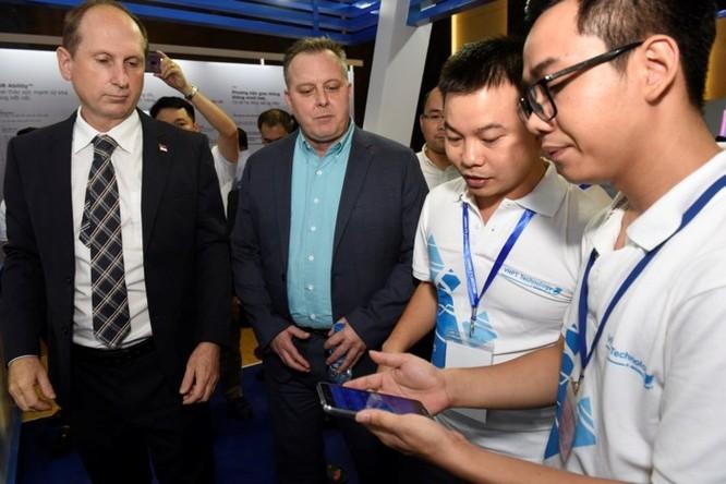 Ấn tượng VNPT tại Diễn đàn và Triển lãm Industry Summit 2018 ảnh 14