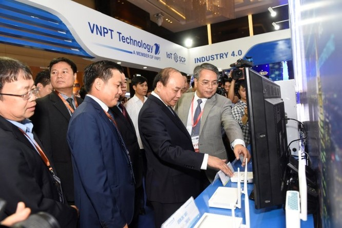 Ấn tượng VNPT tại Diễn đàn và Triển lãm Industry Summit 2018 ảnh 2