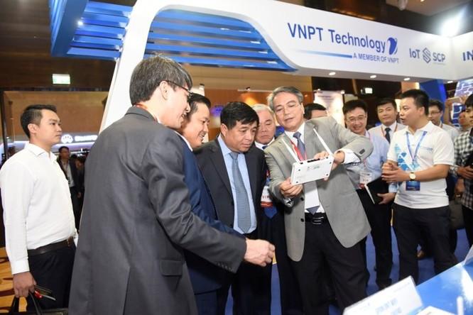 Ấn tượng VNPT tại Diễn đàn và Triển lãm Industry Summit 2018 ảnh 6