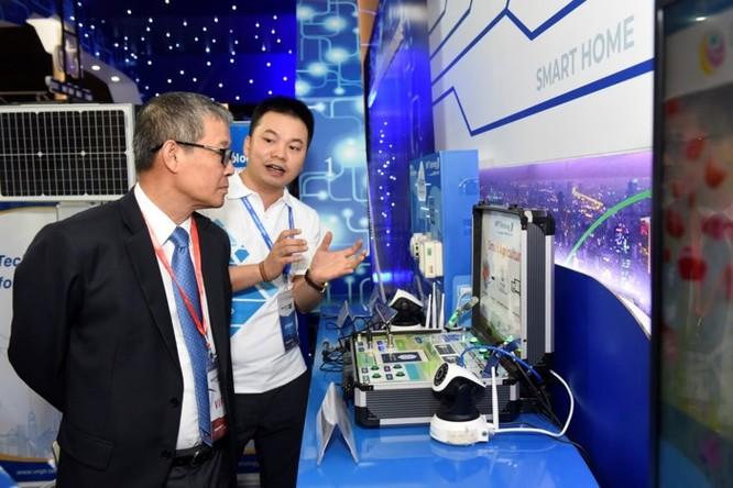 Ấn tượng VNPT tại Diễn đàn và Triển lãm Industry Summit 2018 ảnh 8