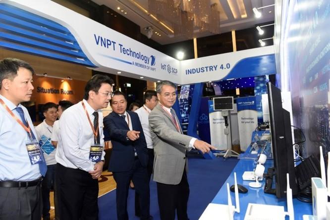 Ấn tượng VNPT tại Diễn đàn và Triển lãm Industry Summit 2018 ảnh 9