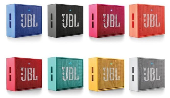 Với hơn 1 triệu đồng, nên chọn loa Bluetooth di động nào ? ảnh 2