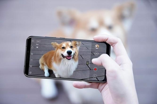 Những điểm đáng tiền trên Asus ZenFone 5Z ảnh 2