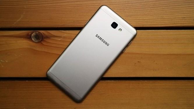 Cùng giá nên mua Nokia 6 2017 hay Samsung Galaxy J7 Prime? ảnh 3