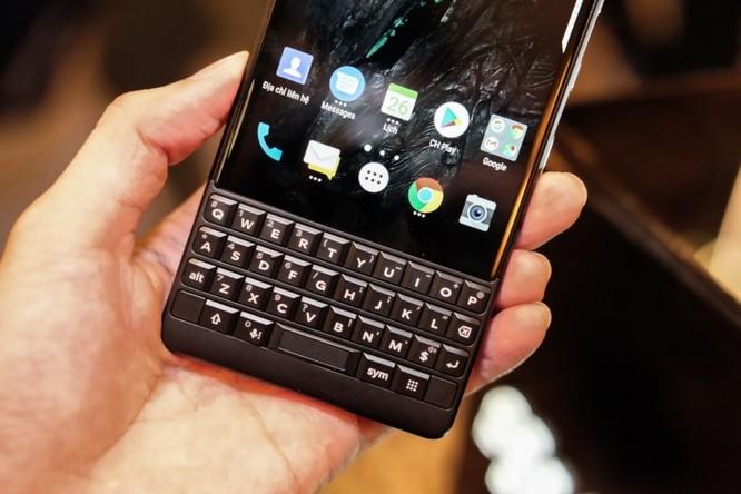 Blackberry Key2 ra mắt với mức giá 16,9 triệu đồng ảnh 3