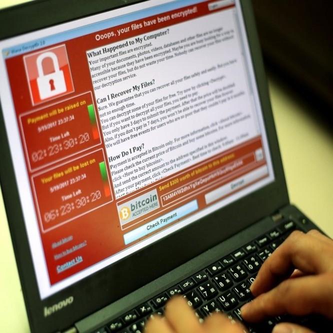 6 thói quen dùng máy tính dễ khiến hacker 'hỏi thăm' ảnh 1
