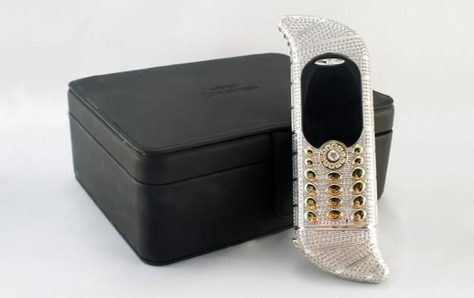 Điểm mặt 10 smartphone xấu xí nhất thế giới ảnh 5