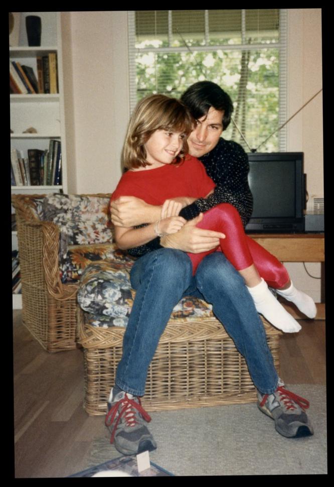 Tâm sự của con gái đầu lòng Steve Jobs: 'Ngày nào tôi còn sống thì chuỗi chiến tích của bố tôi vẫn còn chưa toàn vẹn' ảnh 4