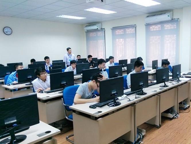 Nhóm ngành CNTT dẫn đầu về điểm chuẩn trúng tuyển vào Đại học Công nghệ năm 2018 ảnh 1