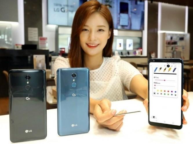LG ra Q8 (2018) màn hình 6.2 inch và bút cảm ứng, giá 11 triệu đồng ảnh 1