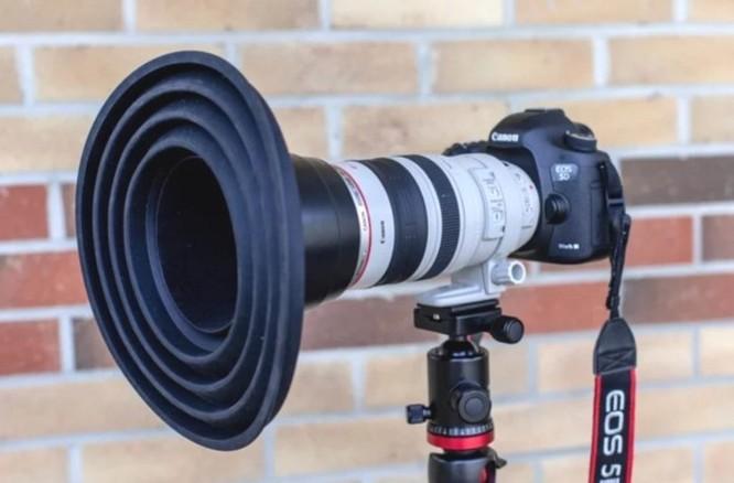 Phụ kiện thú vị này sẽ giúp bạn thoải mái sống ảo khi phải chụp hình qua gương kính ảnh 2
