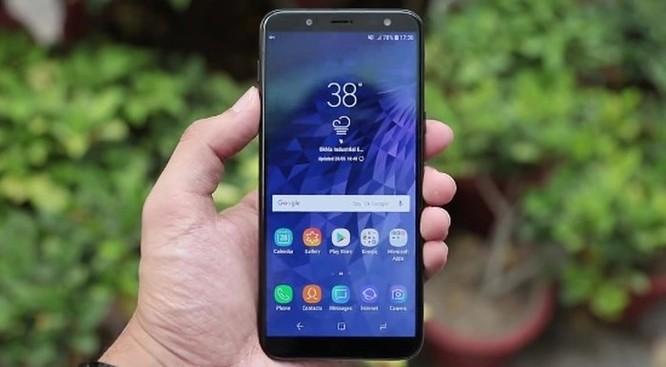 Chỉ 5,3 triệu đồng mua Nokia X6 2018 hay Samsung Galaxy J6? ảnh 1