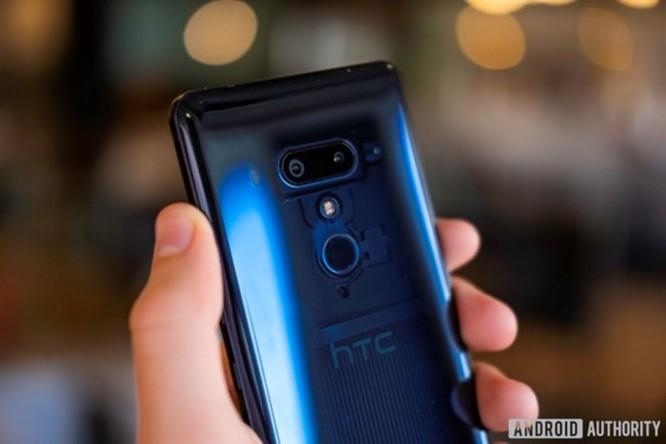 HTC sẽ không trực tiếp sản xuất U12 Life? ảnh 1