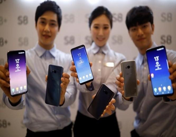 Smartphone Samsung sẽ bị sụt giá bán ảnh 2