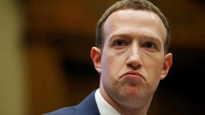Chính phủ Mỹ ép Facebook hack Messenger ảnh 1