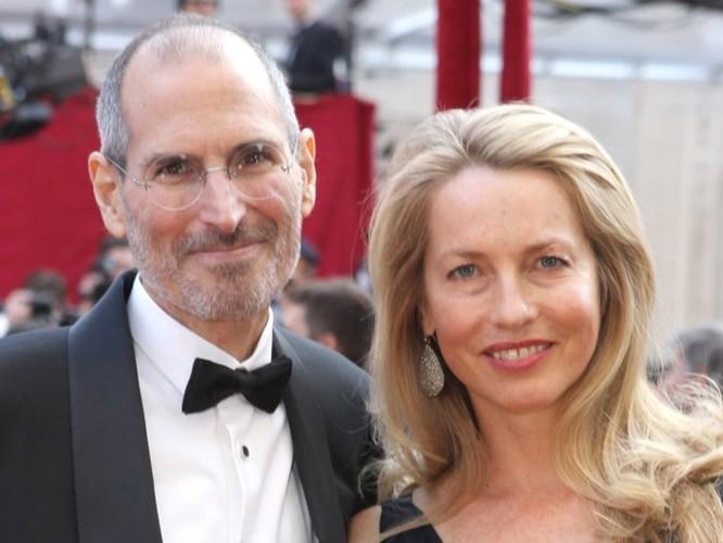 Vợ mới của Steve Jobs lần đầu cởi mở về mối quan hệ lạnh nhạt giữa chồng và con gái của vợ cũ ảnh 2