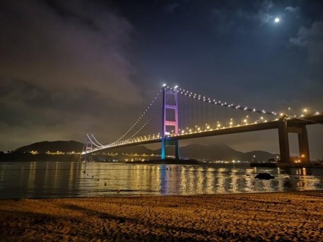 Cảnh đêm đẹp đến nao lòng tại Cảng Thơm qua ống kính của Huawei P20 Pro ảnh 3