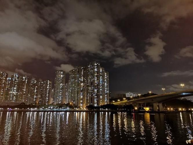 Cảnh đêm đẹp đến nao lòng tại Cảng Thơm qua ống kính của Huawei P20 Pro ảnh 5