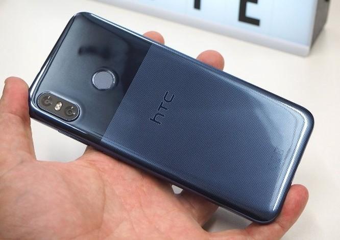 HTC U12 Life ra mắt: cấu hình tầm trung, màu sắc độc đáo ảnh 2