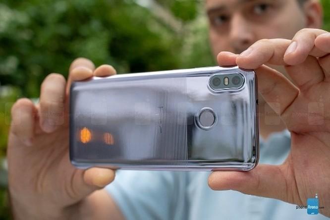 HTC U12 Life ra mắt: cấu hình tầm trung, màu sắc độc đáo ảnh 6