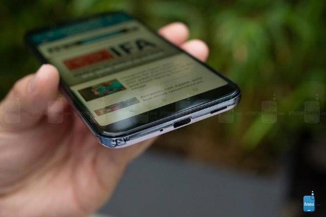 HTC U12 Life ra mắt: cấu hình tầm trung, màu sắc độc đáo ảnh 8