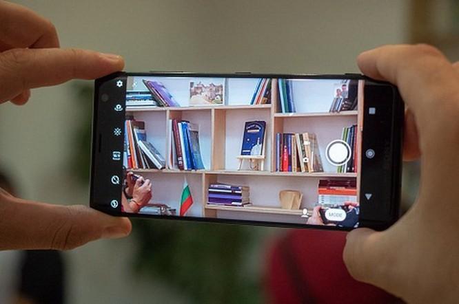 Smartphone Sony Xperia XZ3 có đáng để sở hữu? ảnh 5