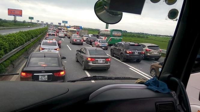 Hướng dẫn tránh tắc đường bằng Google Traffic mới nhất ảnh 1