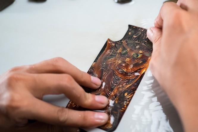 Xuất hiện ốp lưng sơn mài dành cho iPhone ảnh 3