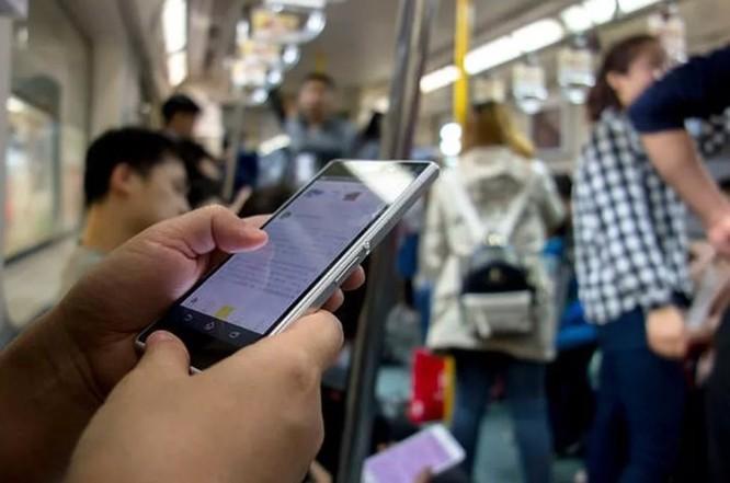 Cảnh báo: Gần 50% cuộc gọi điện thoại ở Mỹ năm 2019 sẽ là các cuộc gọi lừa đảo ảnh 1