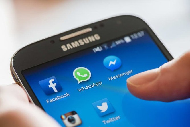 Chính phủ Anh sẽ trừng phạt các mạng xã hội ảnh 1