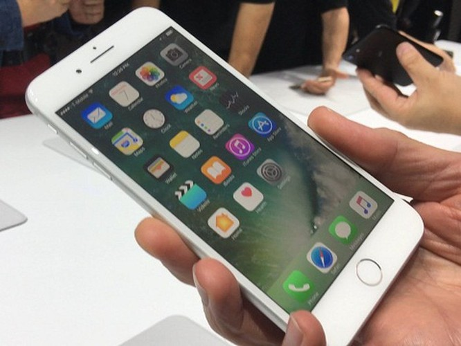 iPhone 7 đáng mua hơn iPhone XR, XS và XS Max! ảnh 7