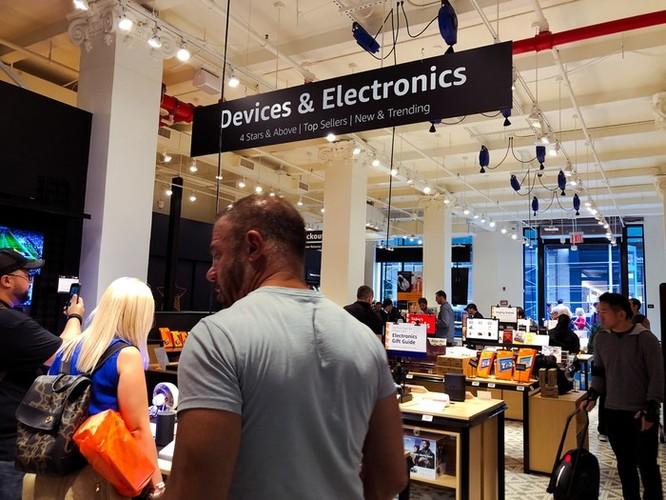 Bên trong cửa hàng 4 sao của Amazon tại New York ảnh 12