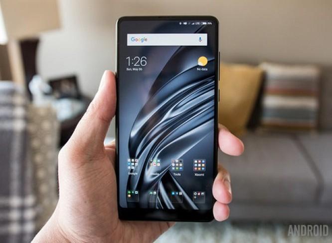 Top 7 smartphone không 'tai thỏ' vẫn đắt hàng ảnh 6