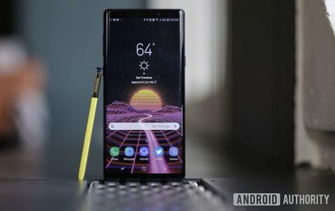 Top 7 smartphone không 'tai thỏ' vẫn đắt hàng ảnh 1