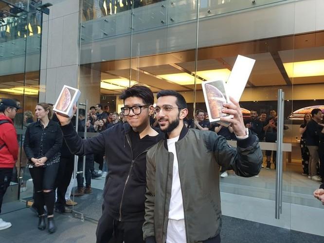 iPhone Xs, Xs Max đã mở bán, bao giờ đến lượt iPhone XR? ảnh 2