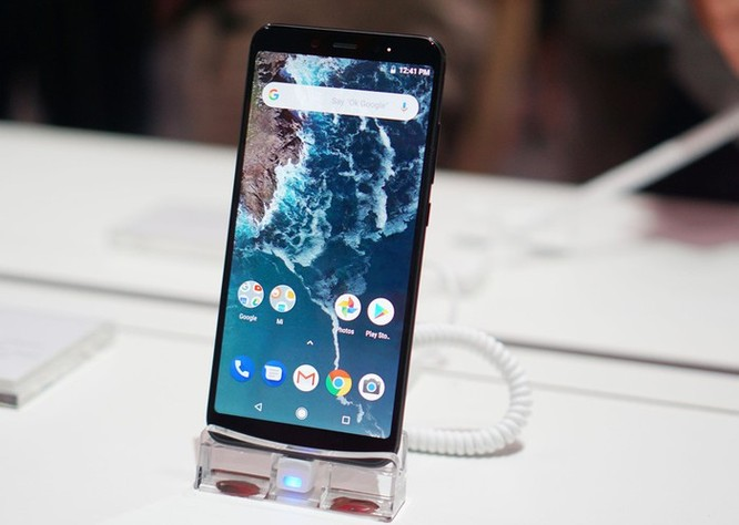 Điện thoại Xiaomi xách tay sắp hết đất sống tại Việt Nam ảnh 1