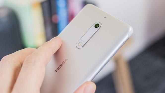 Smartphone hoài cổ: nên mua Nokia 5 hay Samsung Galaxy J4? ảnh 13