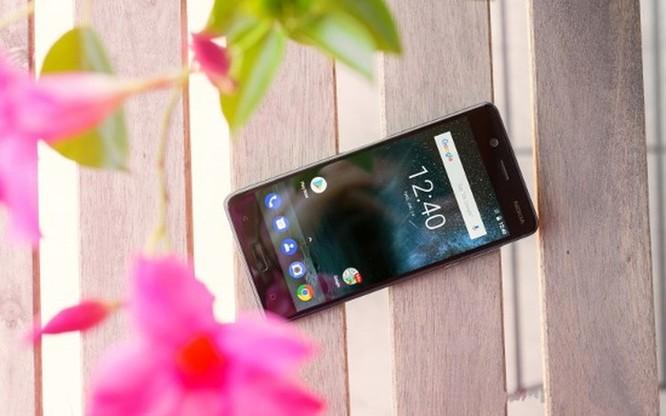 Smartphone hoài cổ: nên mua Nokia 5 hay Samsung Galaxy J4? ảnh 3